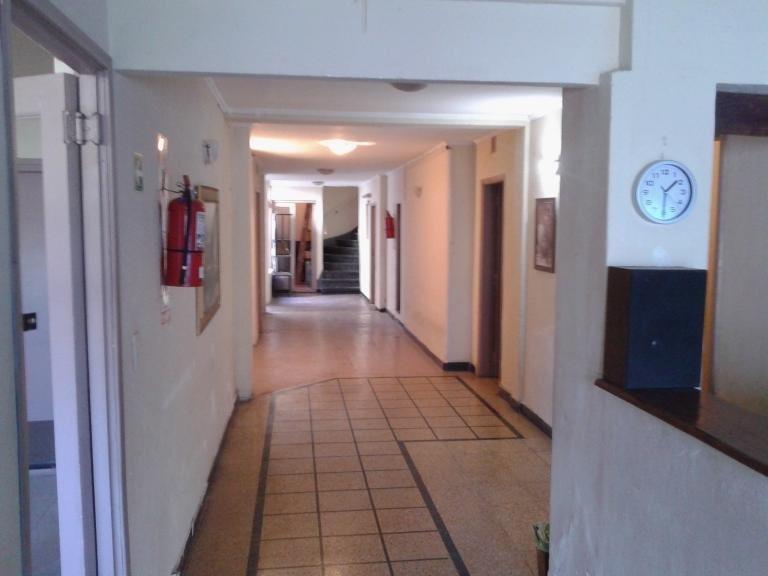 importante hotel en zona paseo aldrey. 20 habitaciones/56 plazas
