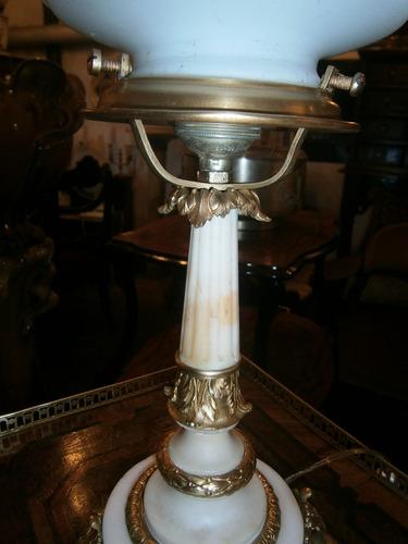 importante lampara francesa en marmolina bronce y opalina