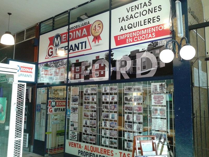 importante local comercial - esquina de av. san bernardo