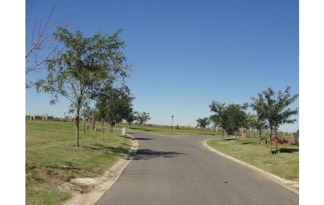 importante lote en el cantón - barrio golf - maschwitz
