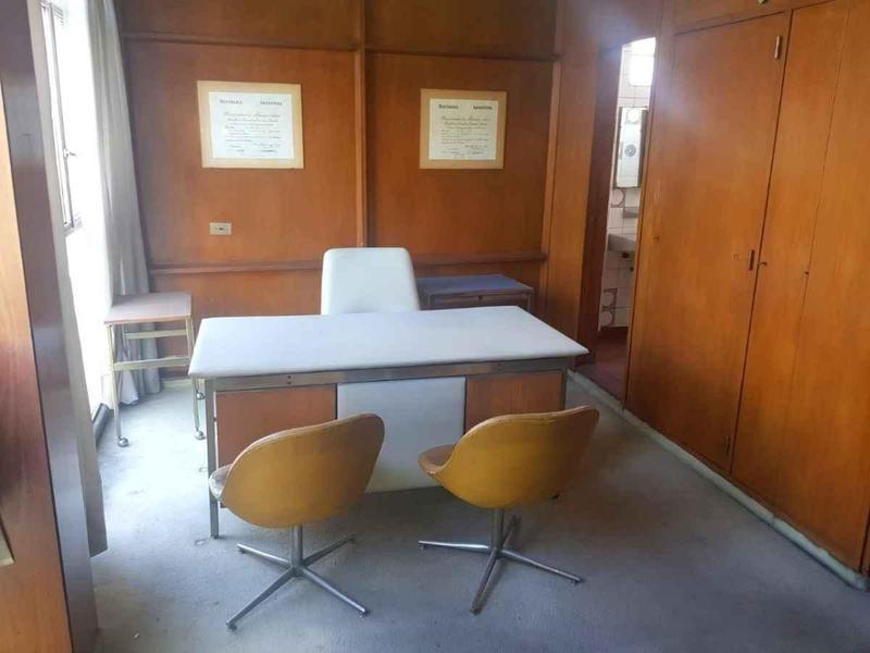 importante oficina frente a plaza san martin