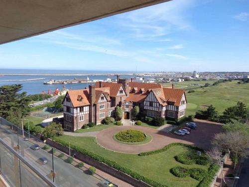 importante piso de 3 ambientes con cochera cubierta y balcon, playa grande mar del plata, vista plen
