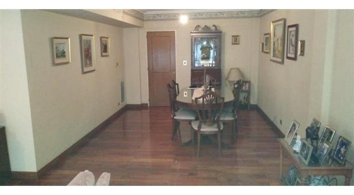 importante piso en paseo del siglo rioja 1700