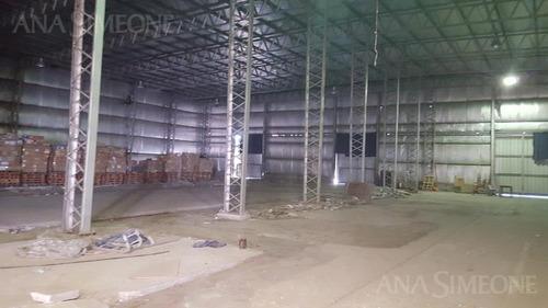 importante planta industrial, sobre lote de aprox, 25.000 m2 con una superficie cubierta de 19700 m2