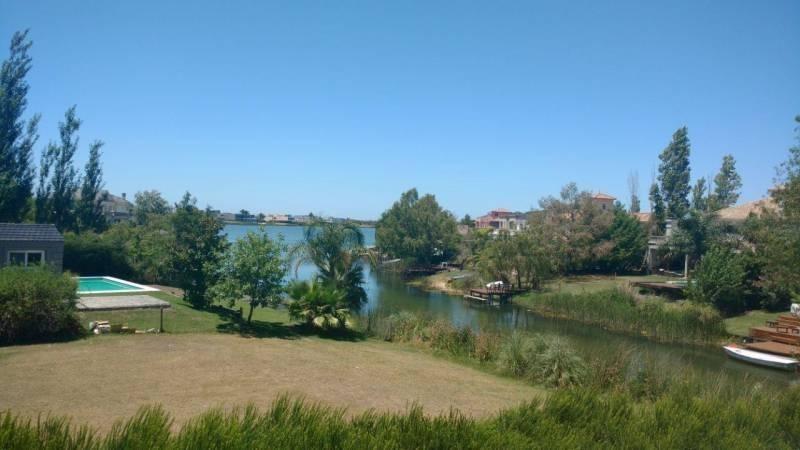 importante propiedad al lago central en castores