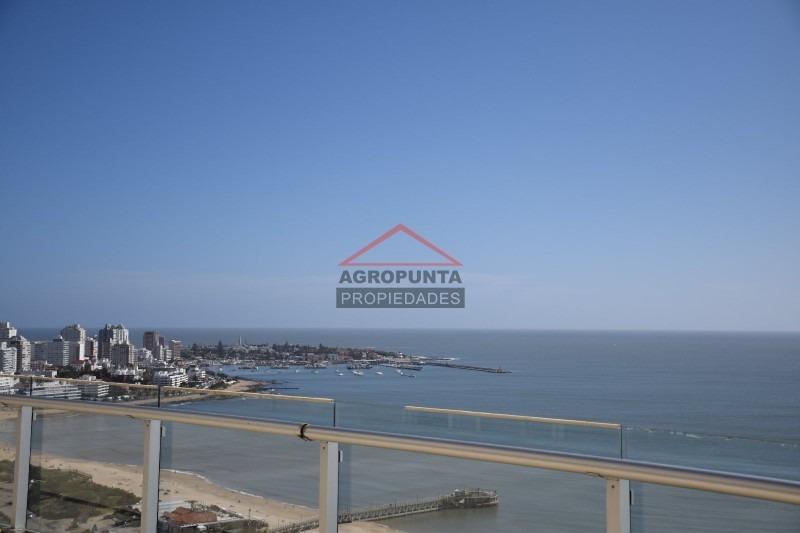importante torre ubicada en parada 4 de playa mansa -ref:759