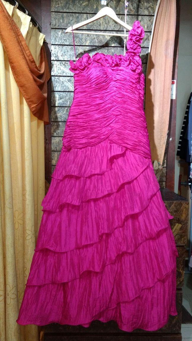 Asombroso Vestidos De Fiesta Junto Al Lago Ideas Ornamento ...