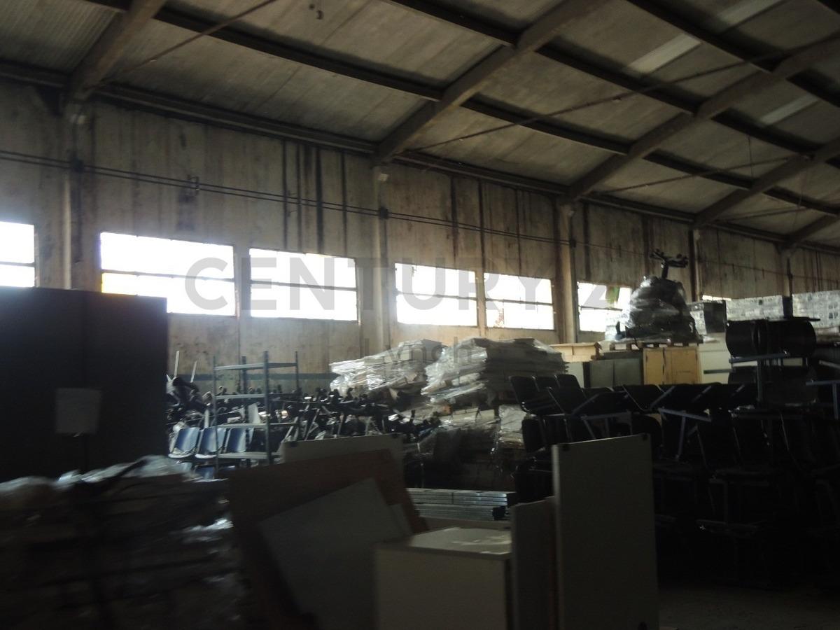 importantisimo predio industrial, deposito, galpon, oficinas y planta libre.