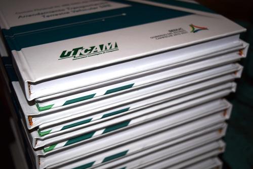 impresión de tesis, recetarios, tarjetas, fotografía