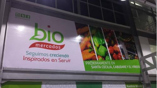 impresión en banner y vinil e instalación de publicidad