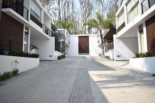 impresionante casa en venta bosques de lago