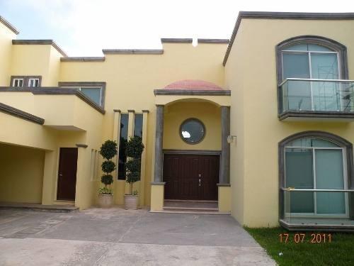 impresionante casa en venta de 1,250m2 en montebello merida