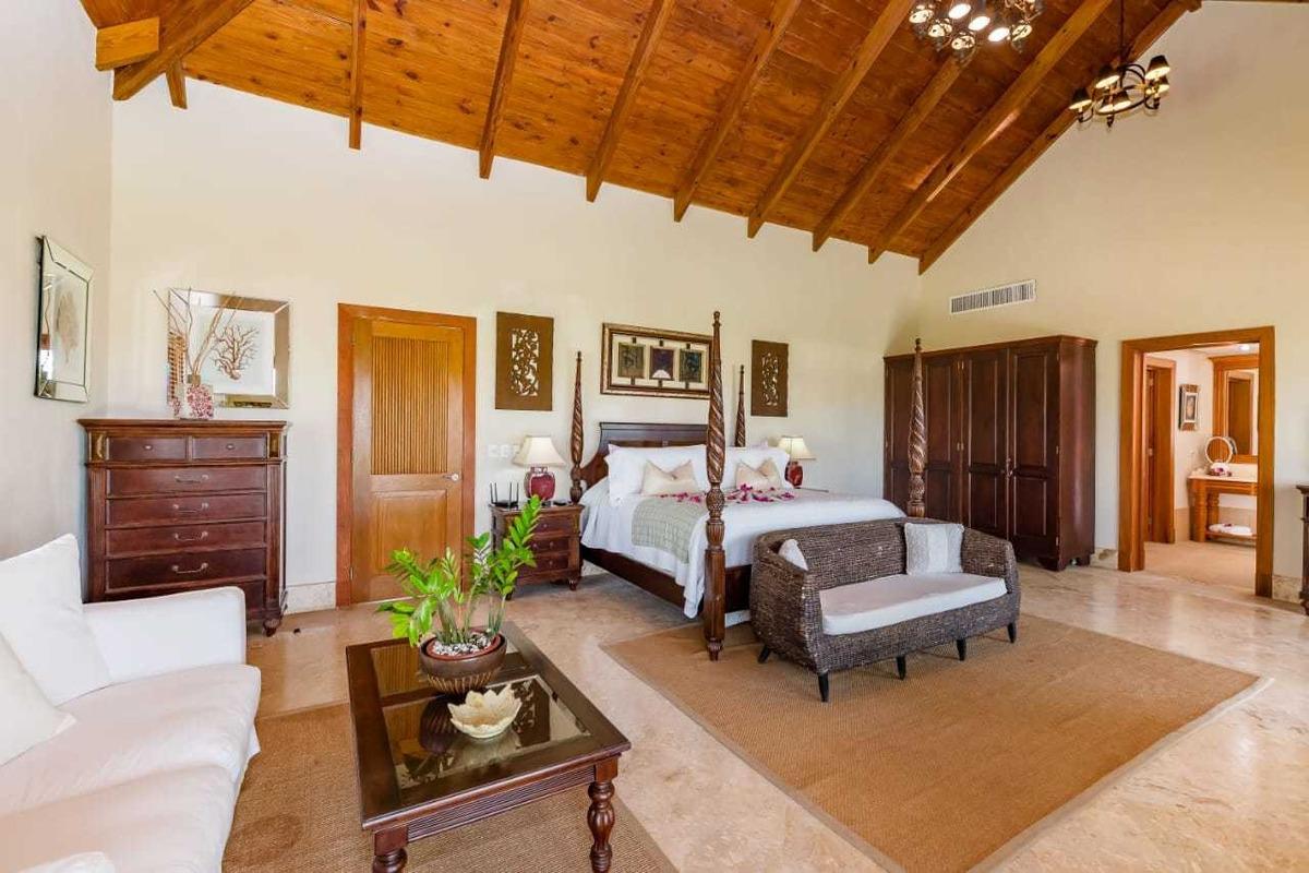 impresionante villa de golf, 4 dorm. cap cana