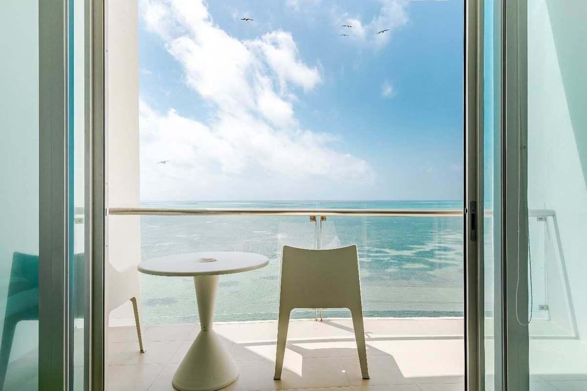 impresionante vista al mar caribe y laguna