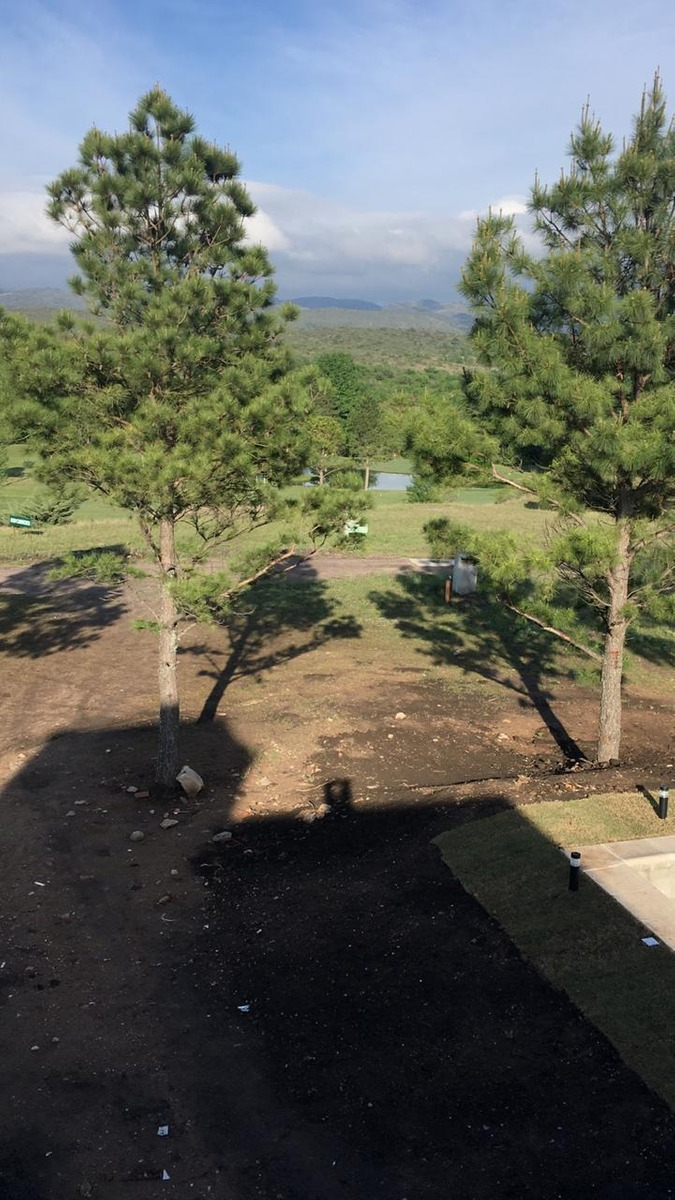 increible casa en barrio privado carlos paz golf