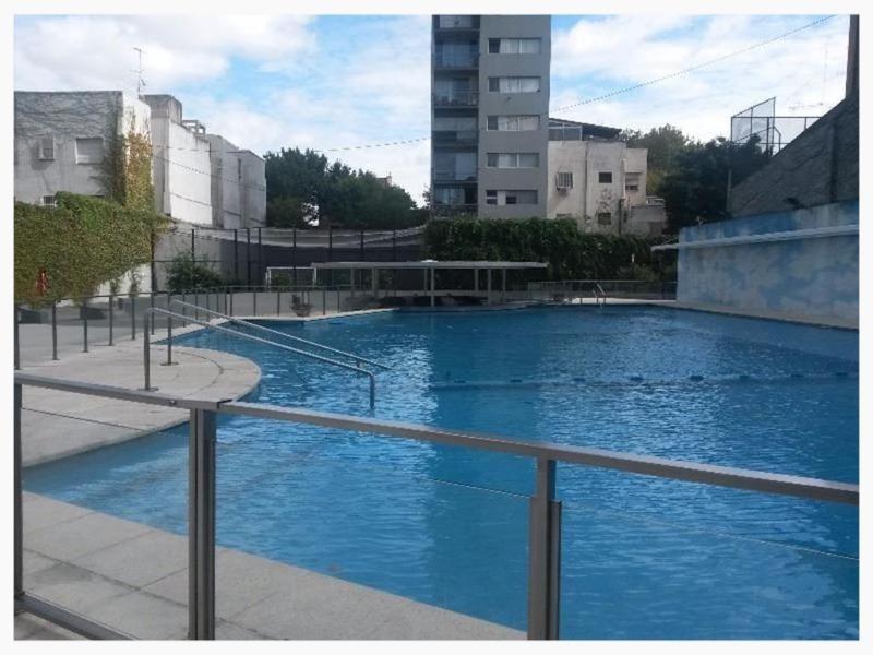 increíble piscina y mucho más . 3 amb piso alto impecable