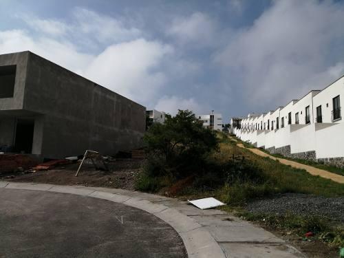 increíble terreno habitacional en esquina dentro de zibatá
