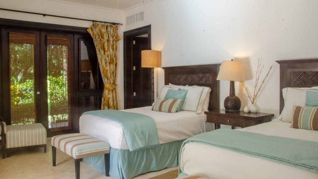 increíble villa 4 hab. con piscina privada y jacuzzi.tortuga