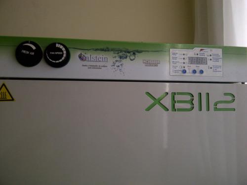 incubadora para laboratorio
