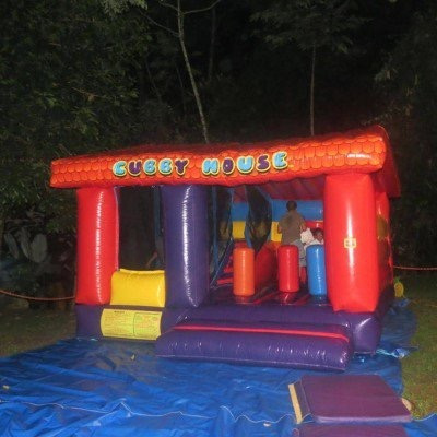 inflable  la casita  se vende