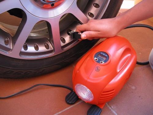 inflador digital carro 12v y 120psi - 8.27bar black + decker