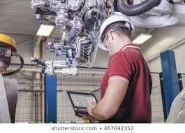 ingenieros en mantenimiento mecánico