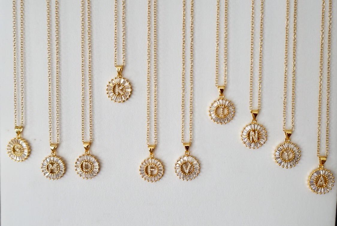 86a2080a77d8 iniciales joyería chapa de oro acero cadena joyas pulseras. Cargando zoom.