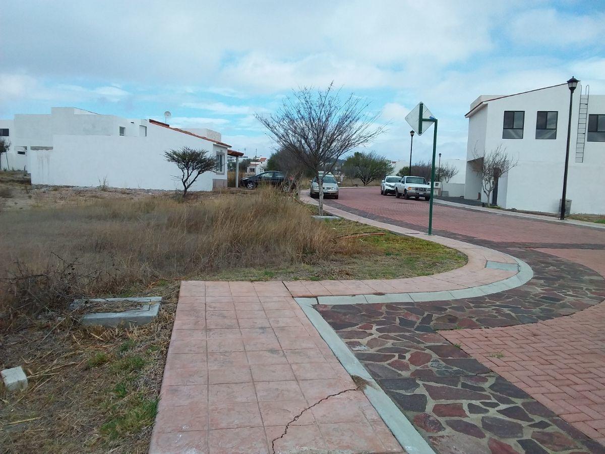 inigualable terreno ubicado en condominio con vigilancia en ciudad maderas