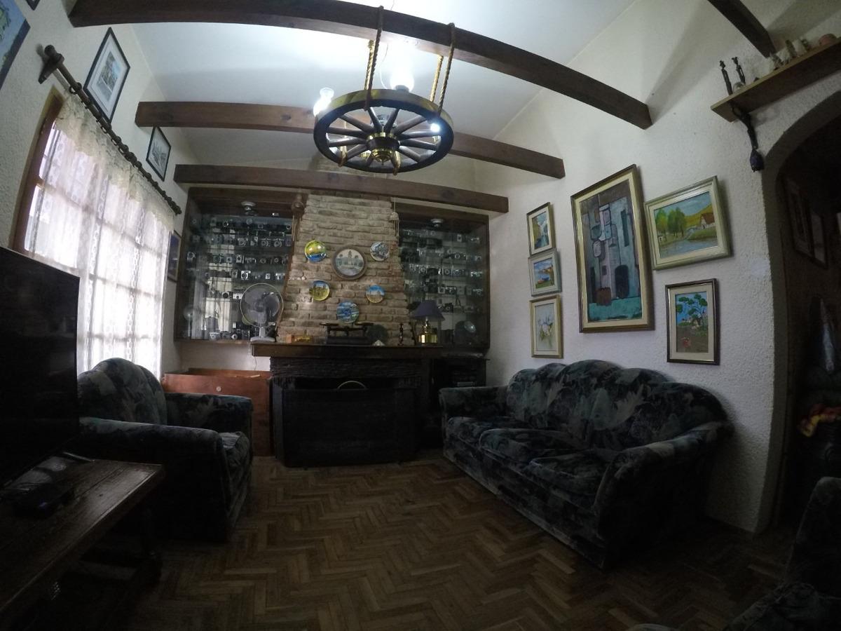 inmejorable casa de 4 dormitorios con barbacoa