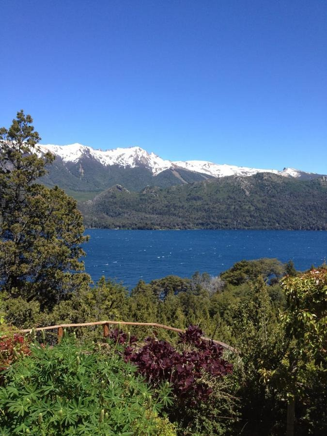 inmejorable fracción con costa de lago y muelle - villa lago gutierrez