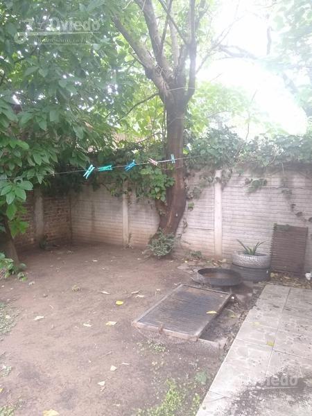 inmejorable ubicacion casa ph de 3 amb en castelar of 1595j
