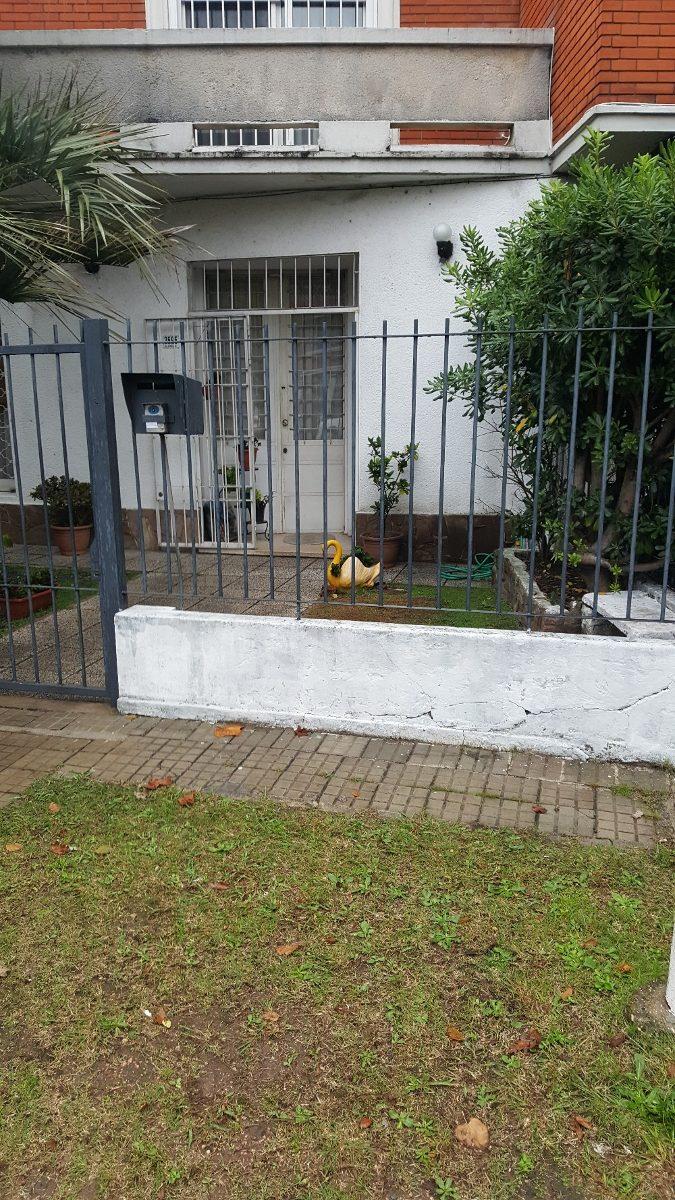 inmobiliaria vende casa en barrio prado