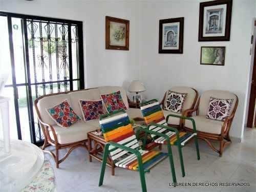 inmueble con agradable casa campestre, bungalow y gran jardi