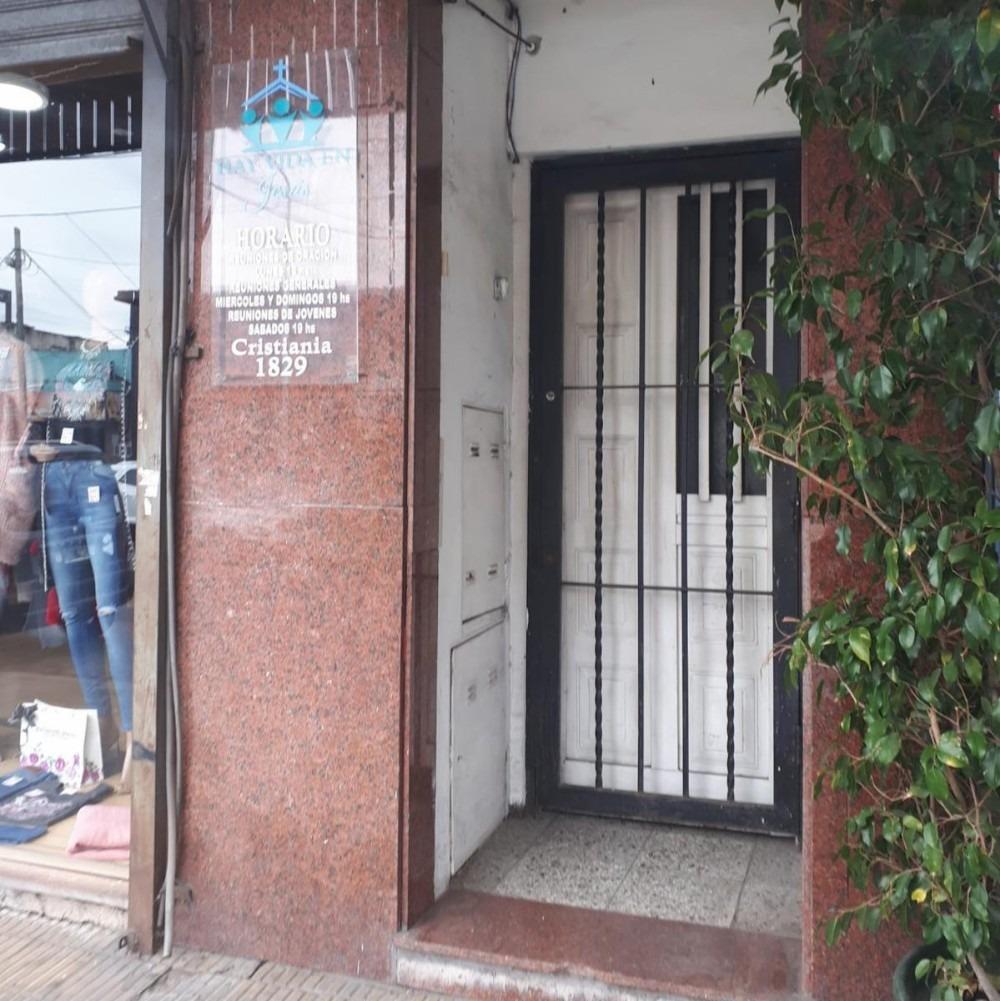 inmueble en block en zona comercial en barrio atalaya