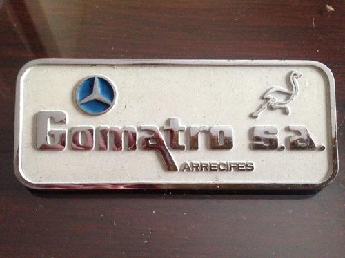 insignia consecionario mercedes benz gomastro