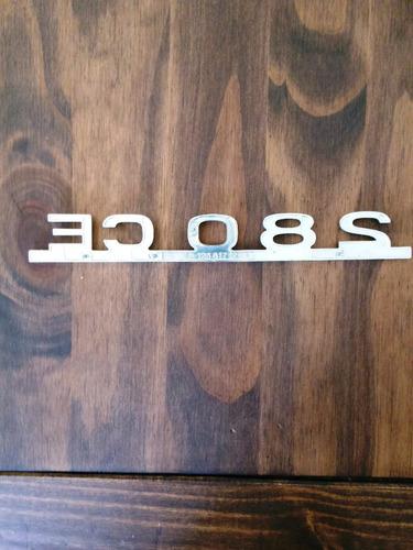 insignia o logo de mercedez benz 280 ce
