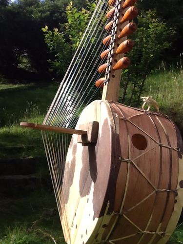 insrumento de cuerdas kora