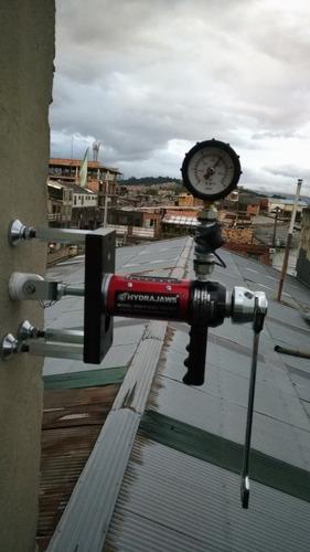 instalacion de anclajes o ganchos para trabajos en alturas