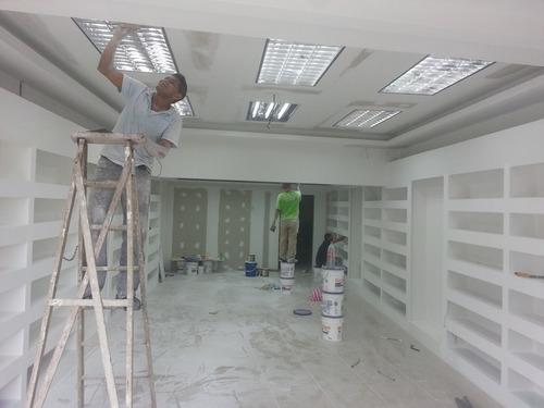 instalacion de  cielo raso de gypsum y tablilla pvc