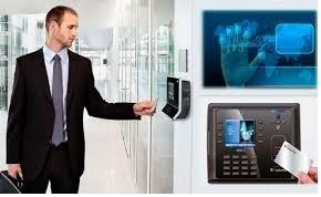instalación de control de acceso y cámaras (cctv)