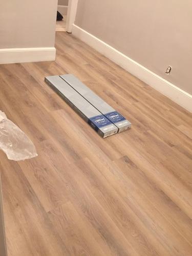 instalación de pisos flotantes, vinil, laminados, glue down.