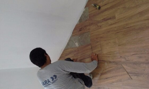 instalacion  de pisos laminados, porcelanato,ceramica