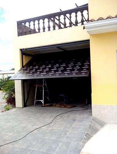 instalación de puertas automáticas de garaje