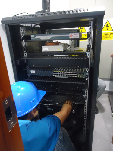 instalación de redes cableado y cámaras de seguridad