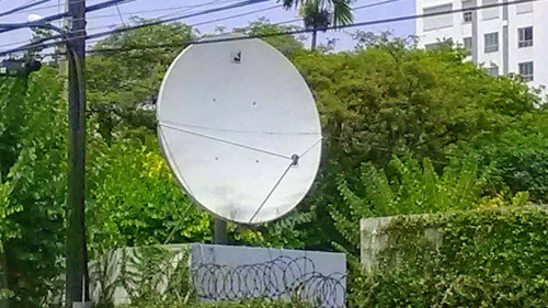 instalación  de sistema satelital parabolas