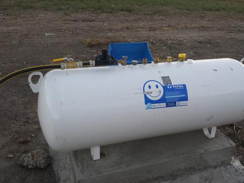 instalacion de tanques estacionarios, medidor electronico