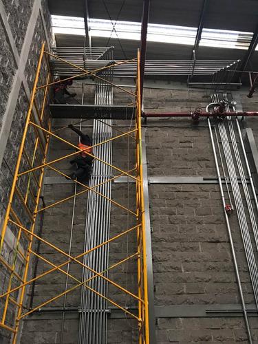 instalación de tubería eléctrica y tableros de control