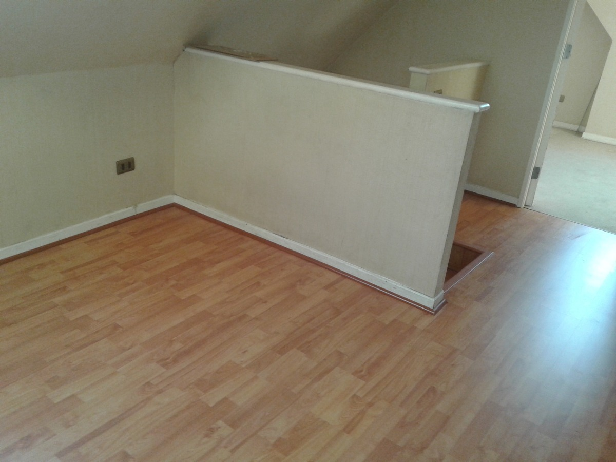 Instalaci n piso flotante 1500 mt2 en mercado - Como nivelar un piso para colocar piso flotante ...