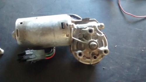 instalación  y desmontaje de motor de limpiaparabrisas