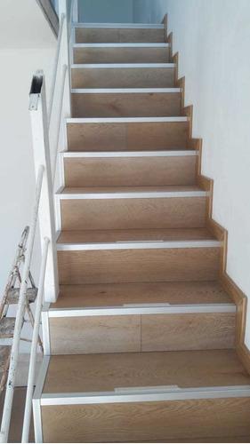 instalacion y revestimiento de pisos y escaleras